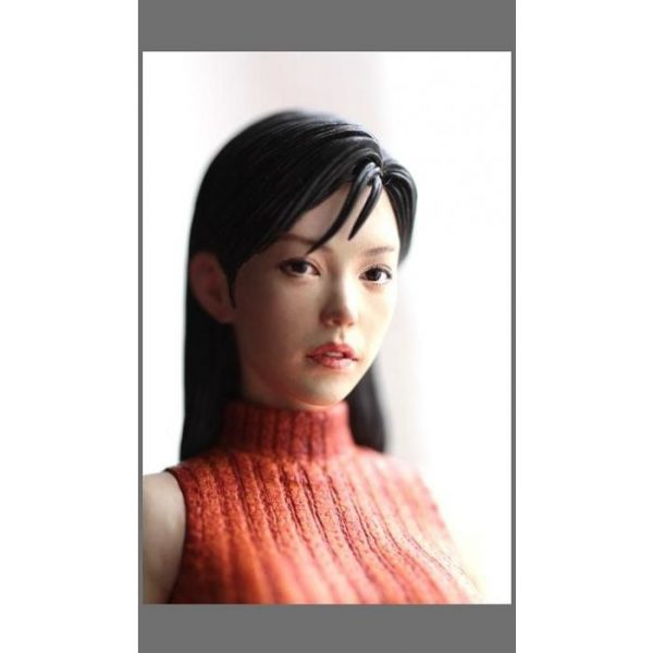 1/8 Housing Complex Wife