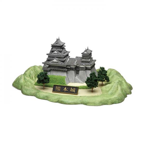 Kumamon Plastic Model Kabuto  Ver. w/ Kumamoto Castle