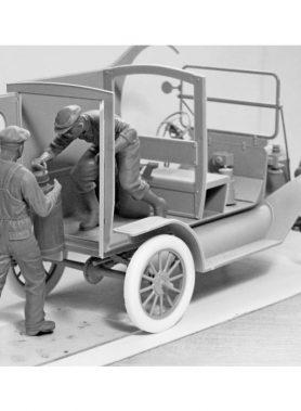 1/24 American Gasoline Loaders