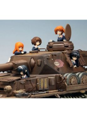 1/35 Girls und Panzer Ankou Team Panzer Jacket Figure Set